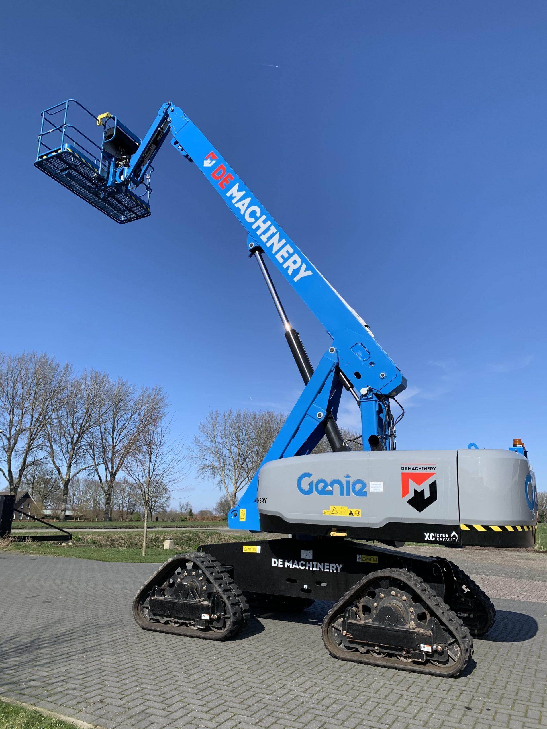 De Machinery schaft nieuwe Genie S-65 XC Trax aan.